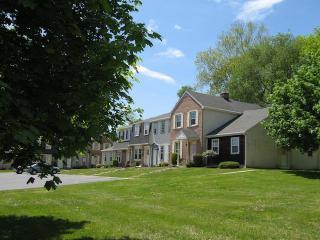 958 Memorial Hwy, Oley, PA 19547