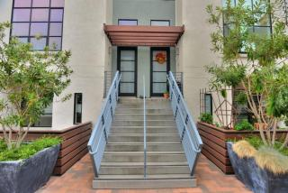 132 S 1st St, Campbell, CA 95008