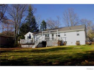 24 Parkway Rd, Briarcliff Manor, NY 10510
