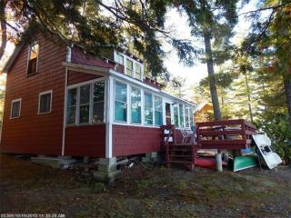 557 Woodland Ave, Old Town, ME 04468