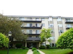 8640 Waukegan Rd #427, Morton Grove, IL 60053