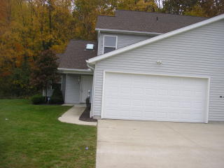 4186 Pine Dr, Rootstown, OH 44272