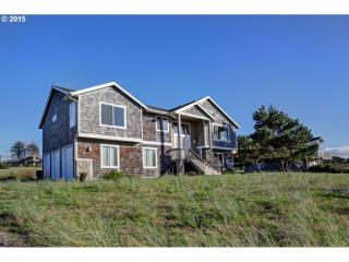 89535 Ocean Drive, Warrenton OR
