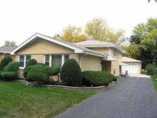 407 W Commonwealth Ln, Elmhurst, IL 60126