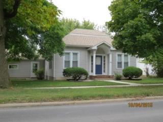 613 N Alanthus Ave, Stanberry, MO 64489
