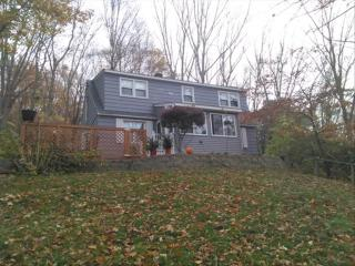 2 Thamesview Pentway, Gales Ferry, CT 06335