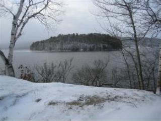 149 Bay Ln, Island Pond, VT 05846