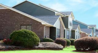 401 Tartan Ct, Fayetteville, NC 28311