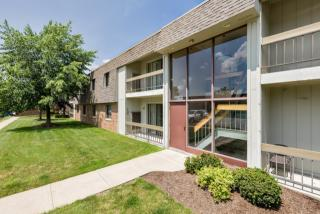 32450 Cromwell Dr, Solon, OH 44139