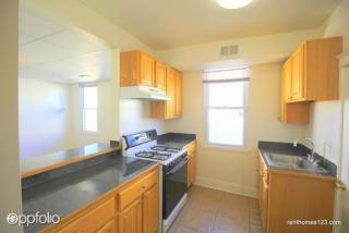 4000 Oakford Ave, Baltimore, MD 21215