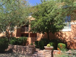 6940 East Cochise Road #1020, Paradise Valley AZ