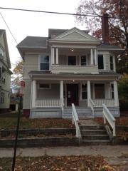 13 Hubinger St, New Haven, CT 06511