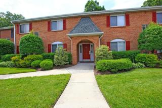 525 Dartmoor Dr, Newport News, VA 23608