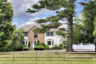 314 Cutlers Farm Rd, Monroe, CT 06468