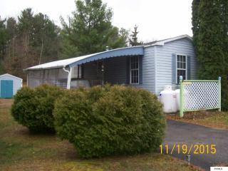 173 N Post Time Ln, Gloversville, NY 12078
