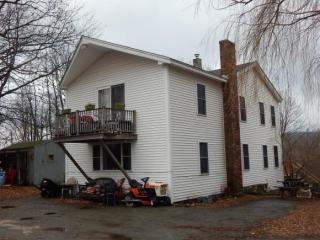 61 High St, Greenville, NH 03048