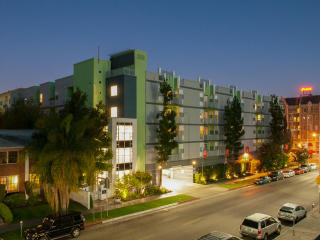 690 S Catalina St, Los Angeles, CA 90005