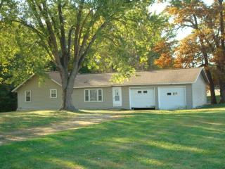 25502 E 1750th Rd, Marshall, IL 62441