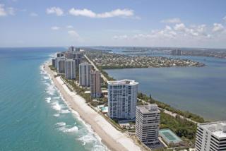 5200 North Ocean Drive #304, Riviera Beach FL