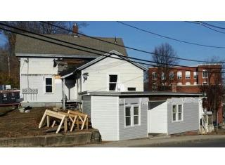 82 Water St, Leominster, MA 01453