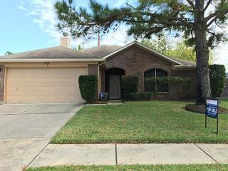 11522 Turtle Lake Dr, Houston, TX 77064