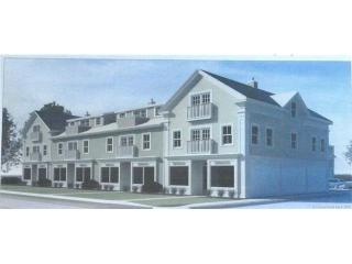 377 Main St #303, Niantic, CT 06357