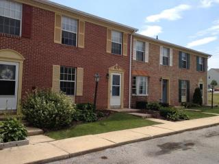 430 Tanglewood Ln, Dallastown, PA 17313
