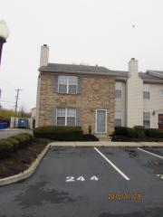 3175 Kirklevington Dr #244, Lexington, KY 40517