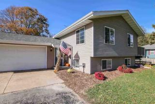 2391 County Road Mm, Fitchburg, WI 53575