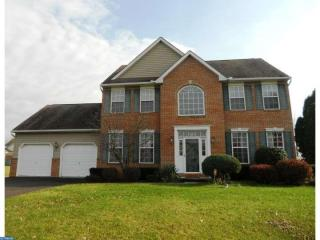 31 Country Dr, Pottstown, PA 19464