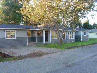 2190 Lagoon Ave, Crescent City, CA 95531