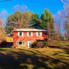 14 Mountain View Dr, Elizaville, NY 12523