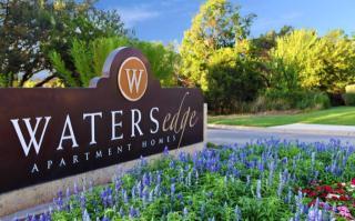 25 Waters Edge Cir, Georgetown, TX 78626
