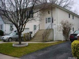 265 Lawrence St, Uniondale, NY 11553