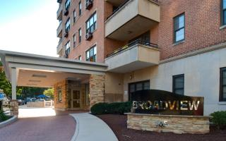 105 W 39th St, Baltimore, MD 21210