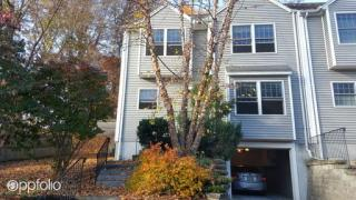 4 Edgemoor Cir, Wellesley, MA 02482
