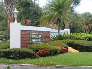 3 Westwood Ave #201E, Jupiter, FL 33469