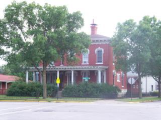101 E Broadway St #1 A, Winona, MN 55987