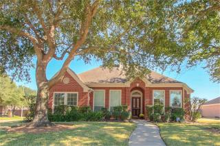 3403 Shadowmeadows Dr, Houston, TX 77082