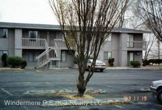 523 W Crest Dr, Moses Lake, WA 98837