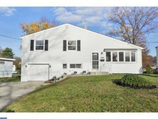 303 W Maiden Ln, Somerdale, NJ 08083