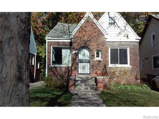 9188 Devonshire Rd, Detroit, MI 48224