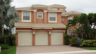 2279 Ridgewood Cir, Royal Palm Beach, FL 33411