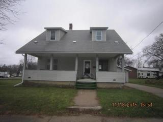 220 12th St NW, Faribault, MN 55021