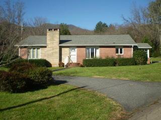 164 Allens Branch Rd, Sylva, NC 28779