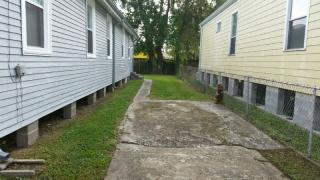 1825 Hollygrove St, New Orleans, LA 70118