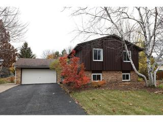 15792 Hershey Ct, Apple Valley, MN 55124