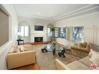 8742 Clifton Way, Beverly Hills, CA 90211