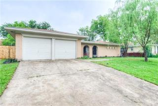 3436 Denbury Dr, Fort Worth, TX 76133