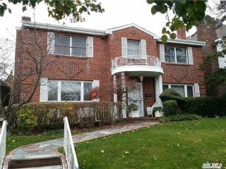 13623 72nd Rd, Queens, NY 11367
